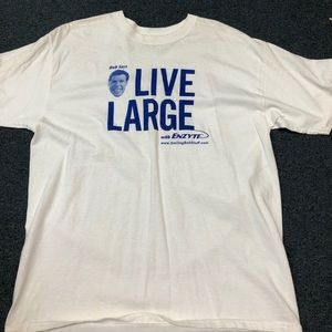 Men's live large t-shirt